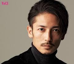 玉木宏「無理に若く見せようとしない人が素敵ですね」 [VOCE ...